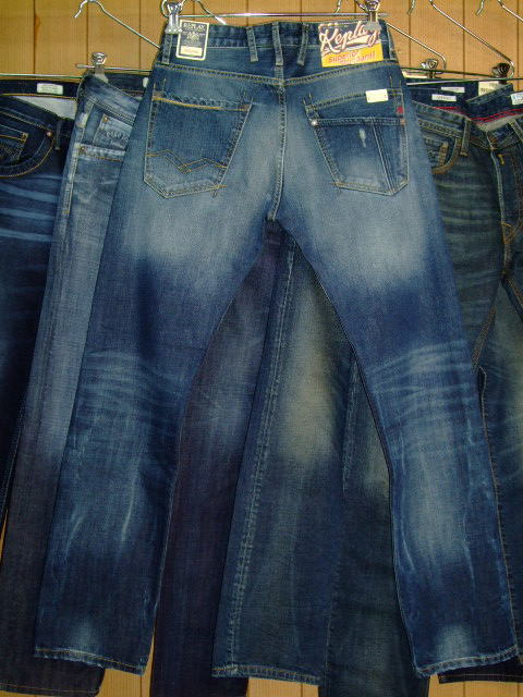 REPLAY BROWANN M980 RELAXED MENS JEANS 118 850 BLUE DENIM