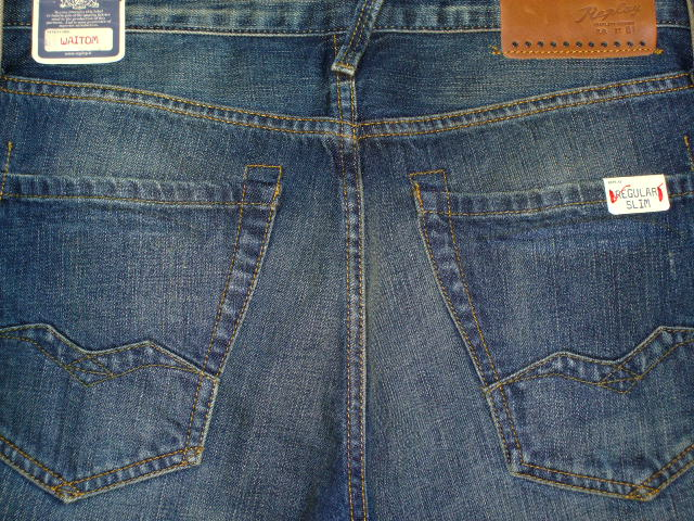 REPLAY WAITOM M983 SLIM MENS JEANS 118 873 BLUE DENIM